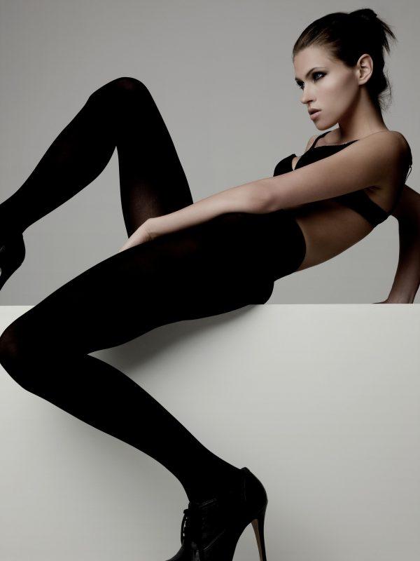 photo-of-woman-wearing-black-bra-and-black-leggings-2744192.jpg